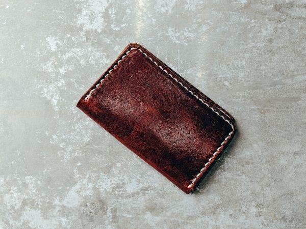 Rotes Haushaltsbuch führen