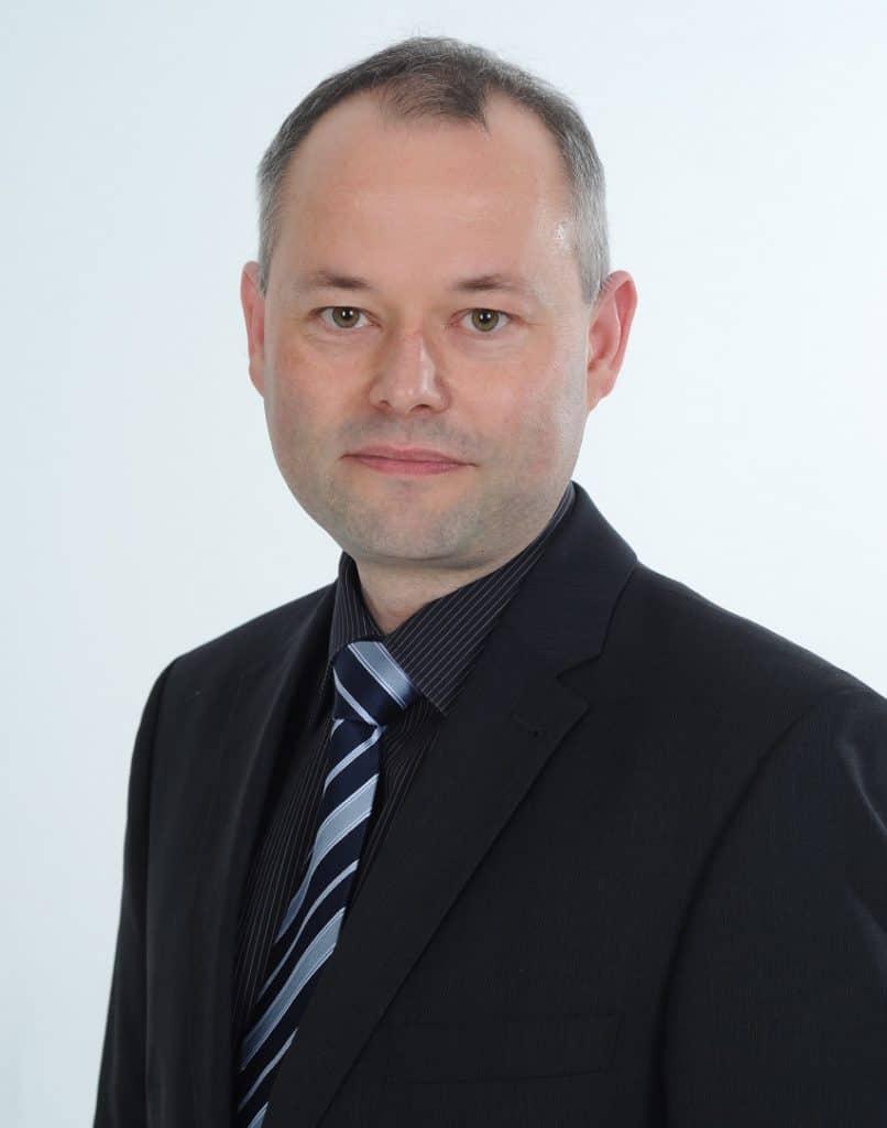 PKV vs. GKV: Private Krankenversicherungen sind des Spezialgebiet von Torsten Priesemann