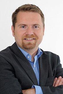 Andreas Wenzel ist spezialiserit auf Baufinanzierungen für Privatpersonen.